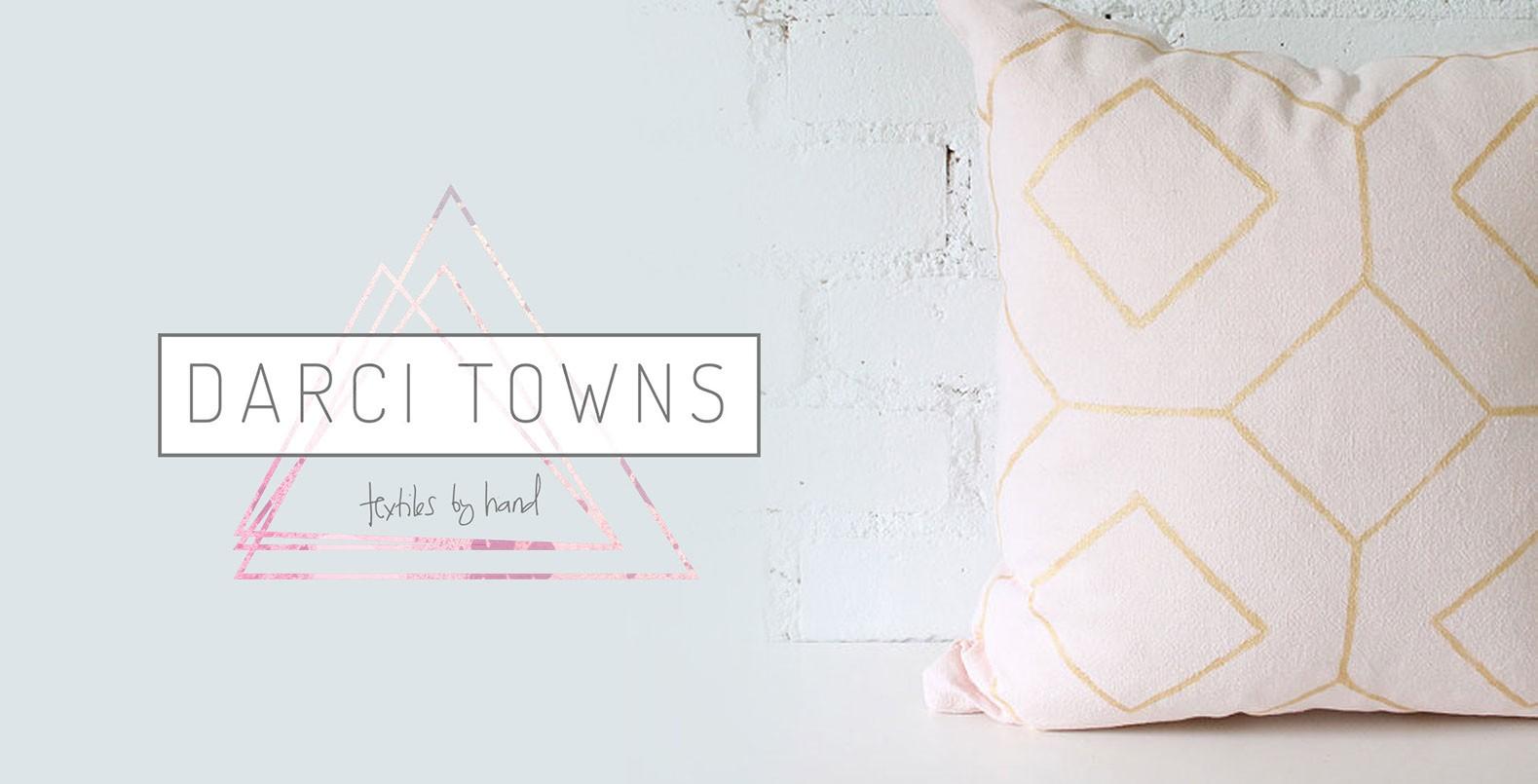 Darci Towns, hand-dyed fiber art logo design
